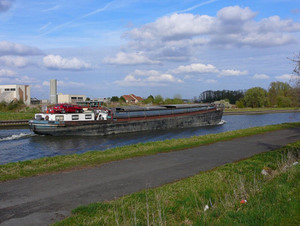 2010_barge_small