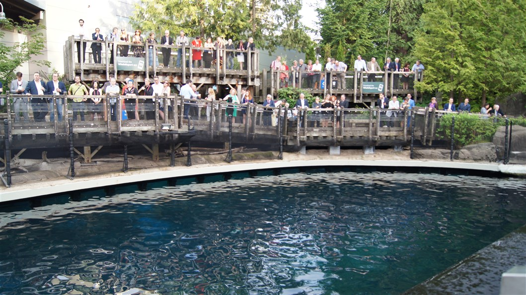 AAG gala dinner at the Vancouver aquarium